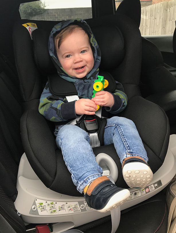 Swivel car seat reviews: Our parents put rotating car seats to the test