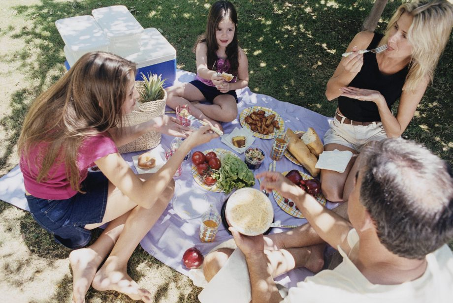 Picnic food ideas: Picnic hacks for busy parents
