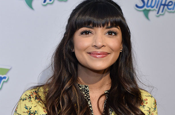 New Girl Actress Hannah Simone Welcomes Her First Child