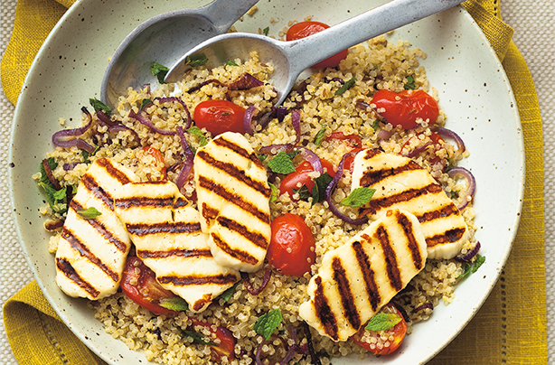 Lunch: Quinoa halloumi salad (514 cals)