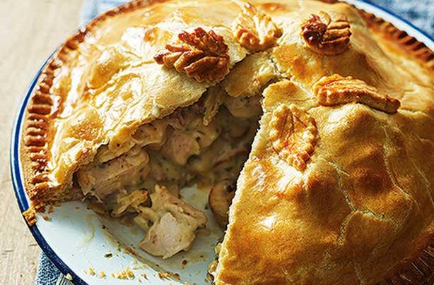 Chicken Bacon And Mushroom Plate Pie Recipe Goodtoknow