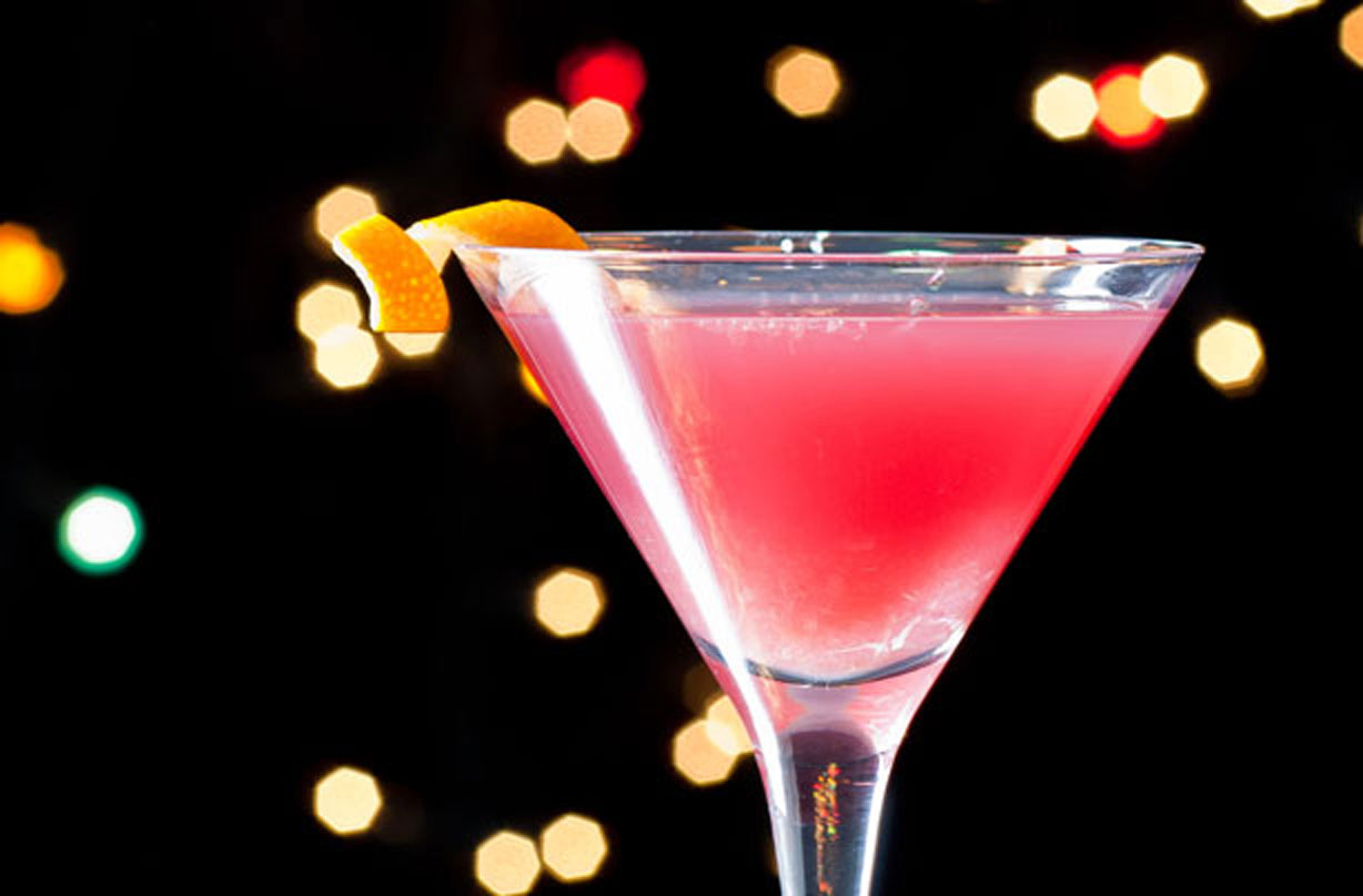 Cosmopolitan Cocktail American Recipes Goodtoknow