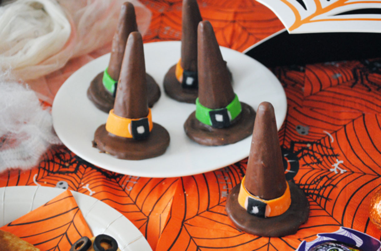 Give these creative witches' hat biscuits a try this October