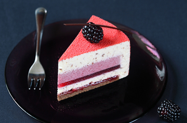 What is an entremets and how can you make one?