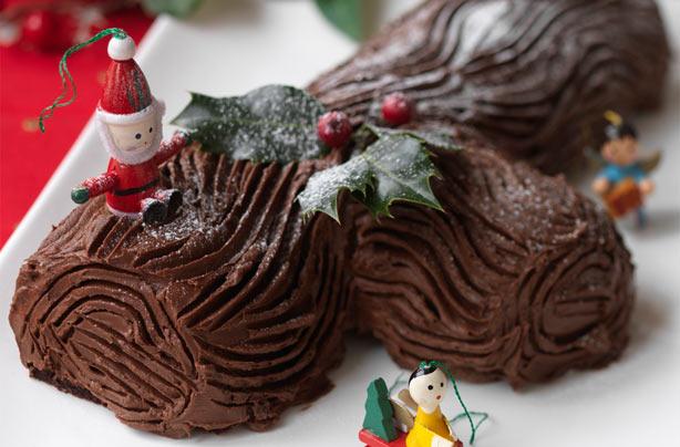 Hairy Bikers Chocolate Yule Log Recipe Goodtoknow