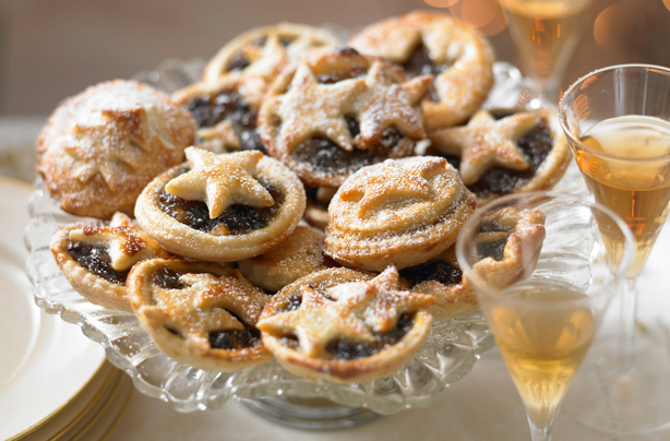 Christmas party food recipes goodtoknow mince pies forumfinder Image collections
