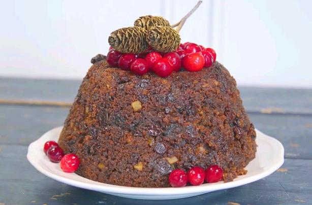 Christmas pudding recipe goodtoknow christmas pudding recipe forumfinder Choice Image