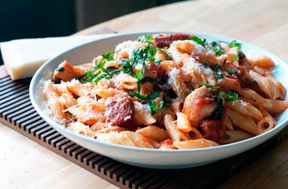 Chicken And Chorizo Pasta Dinner Recipes Goodtoknow