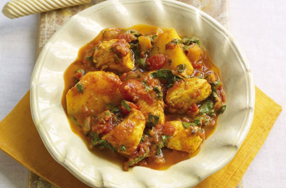 Slimming Worlds Chicken And Potato Curry Indian Recipes Goodtoknow