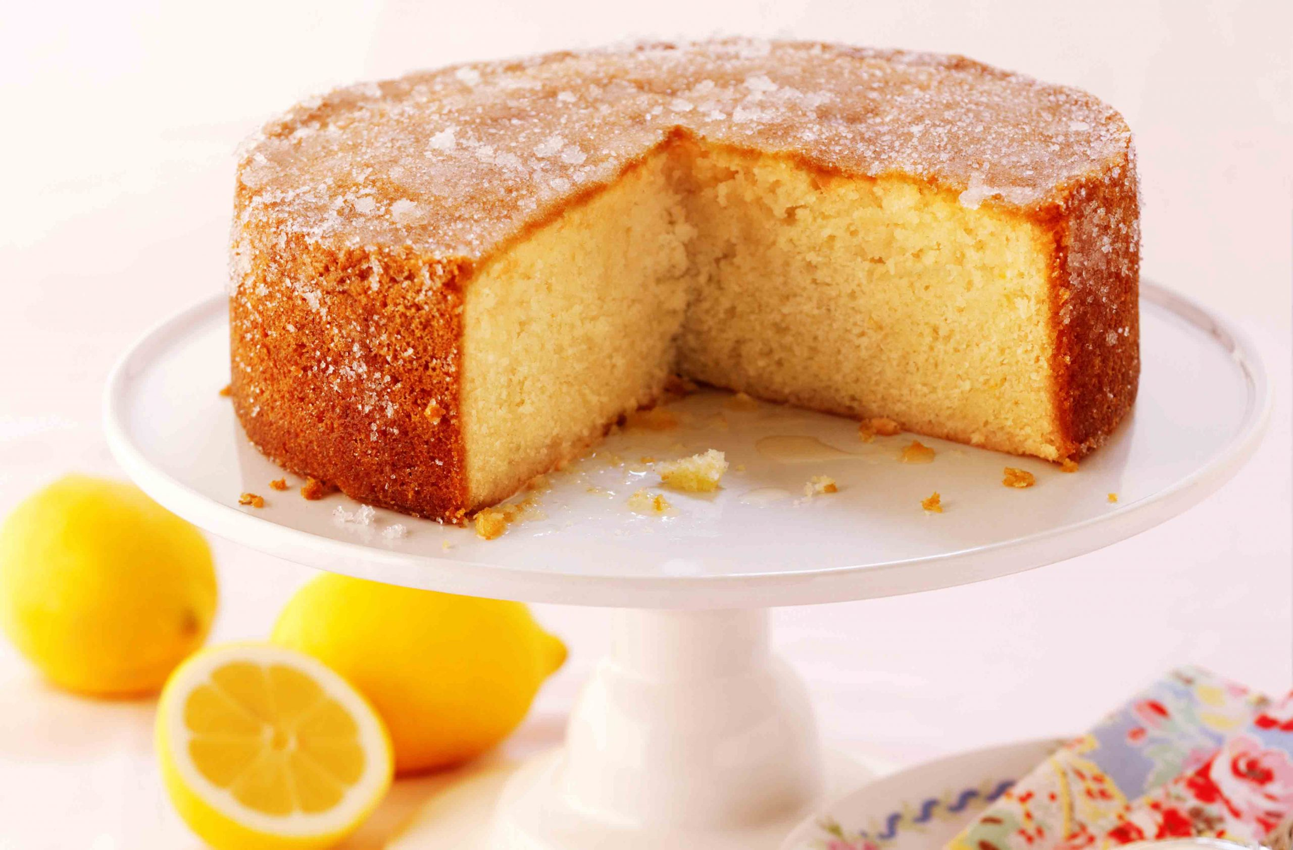 Elderflower And Lemon Drizzle Cake | Baking Recipes | GoodtoKnow