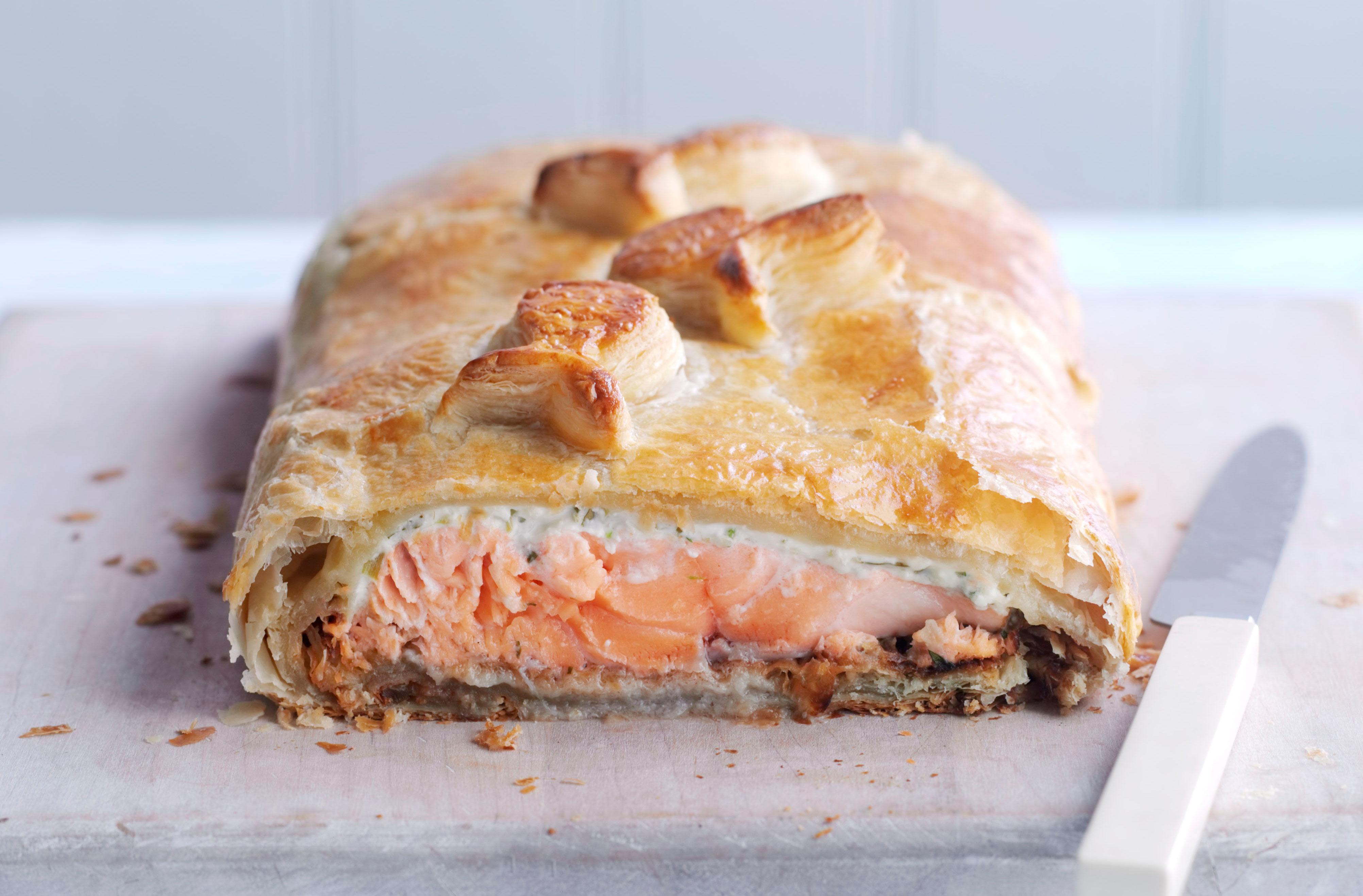Salmon En Croute Main Course Recipes Goodtoknow
