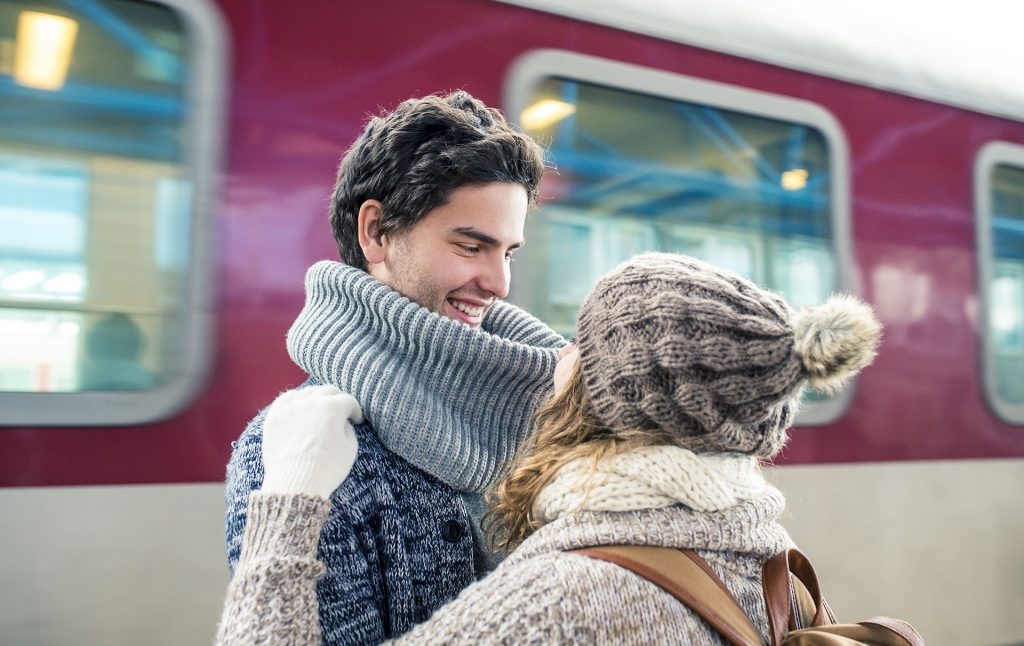 How to make a long distance relationship work | GoodtoKnow