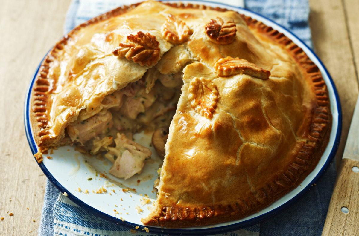 Chicken Bacon And Mushroom Plate Pie Recipes Goodtoknow