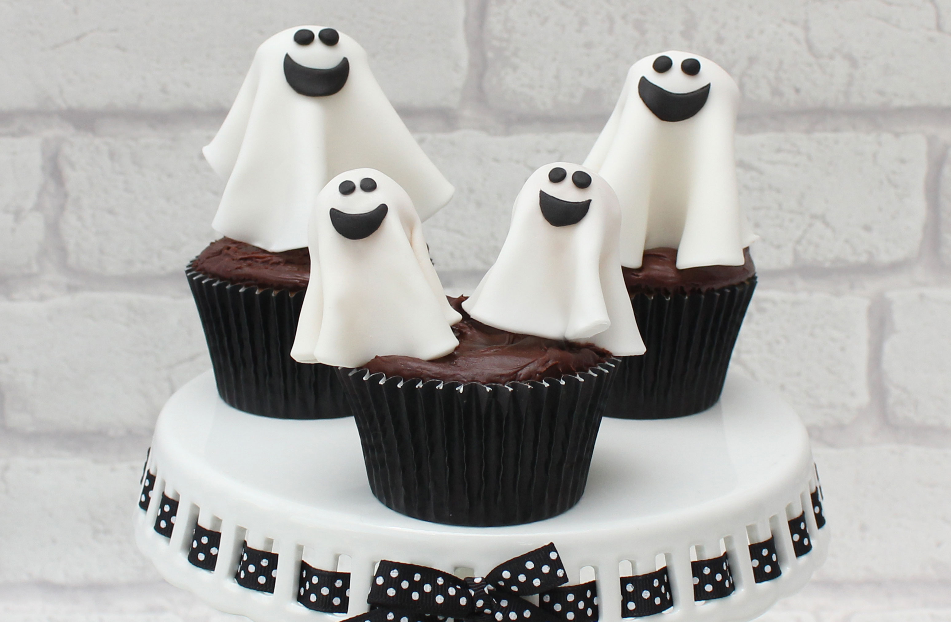 How To Make Halloween Ghost Cake Decorations