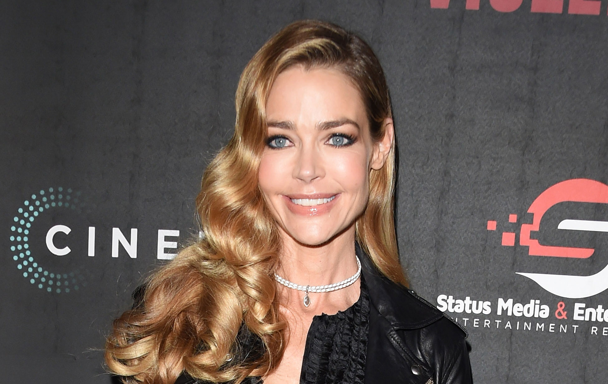 denise richards marries aaron phypers just two days after their engagement