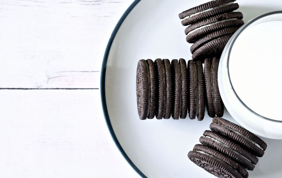 You Can Now Buy A Quality Street Style Tin Of Oreos Treats