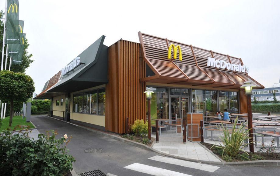 McDonald's free cheeseburger