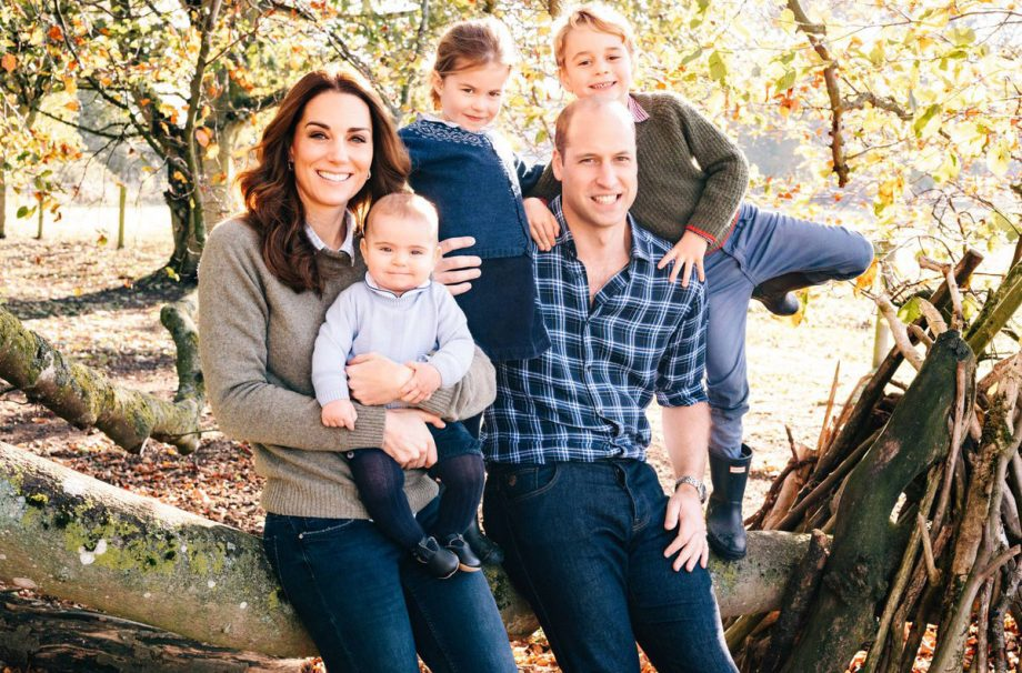 Princess Charlotte steals the show in brand new UNSEEN pic with Prince George and Prince Louis