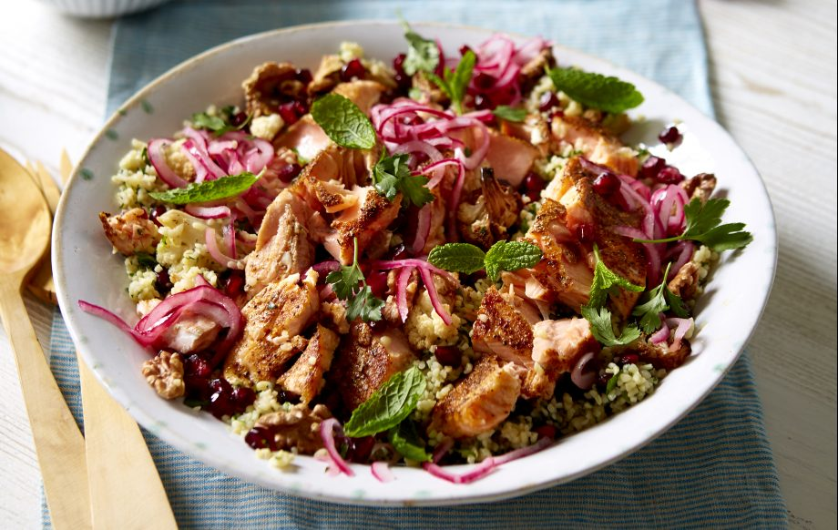 Winter tabbouleh salad with flaked salmon Recipe