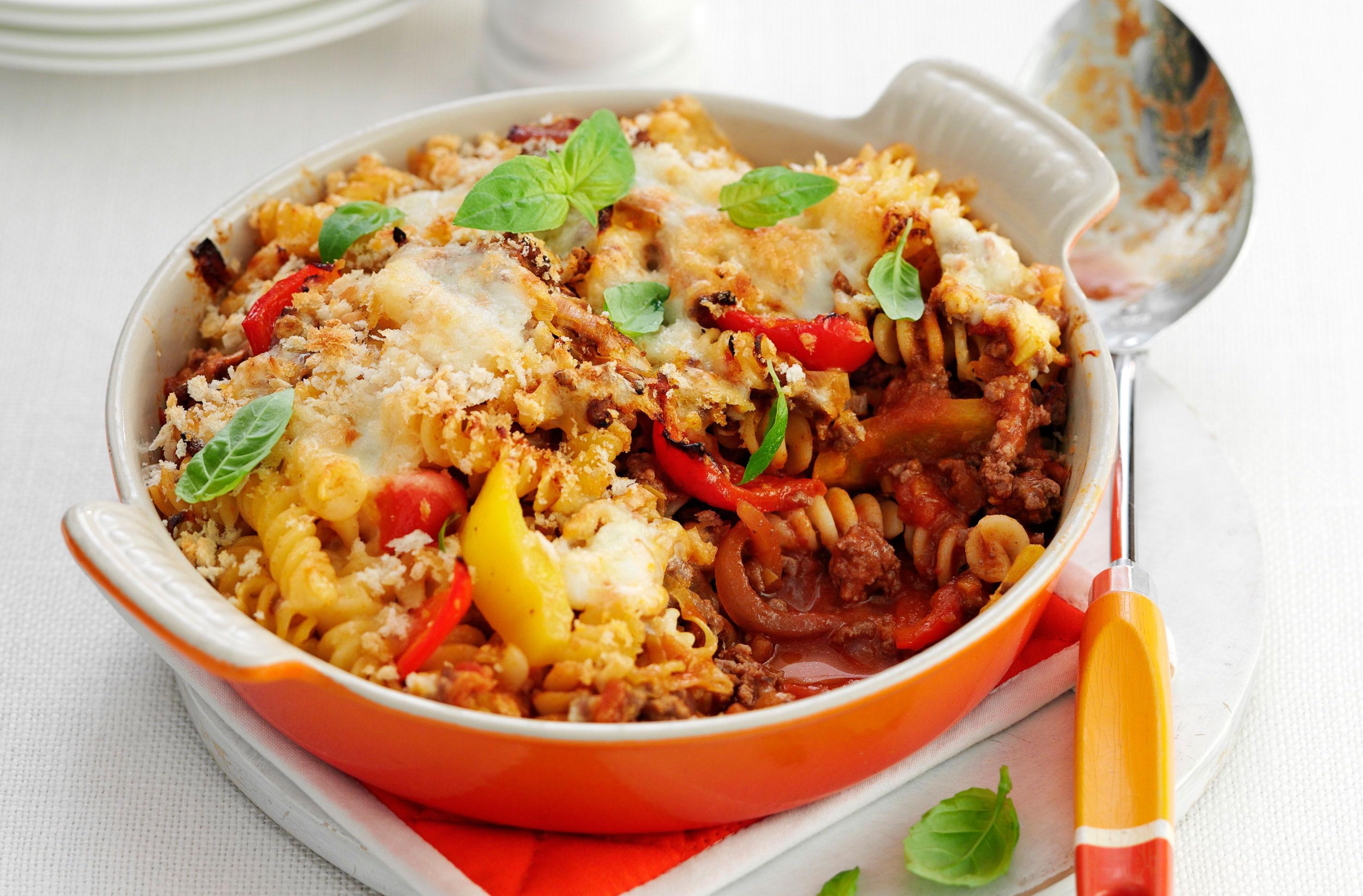 Cheesy Mince Pasta Bake Italian Recipes Goodtoknow