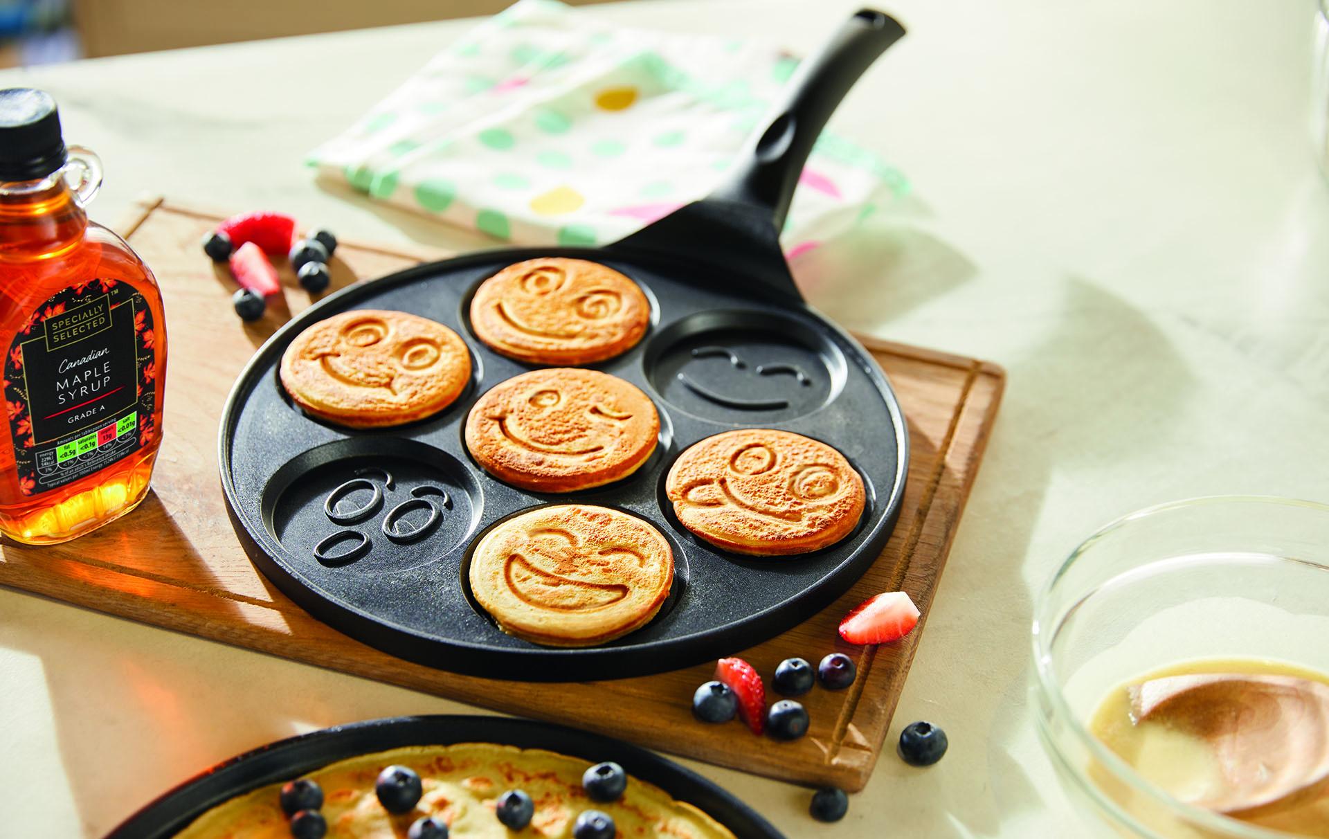 aldi emoji pancake pan
