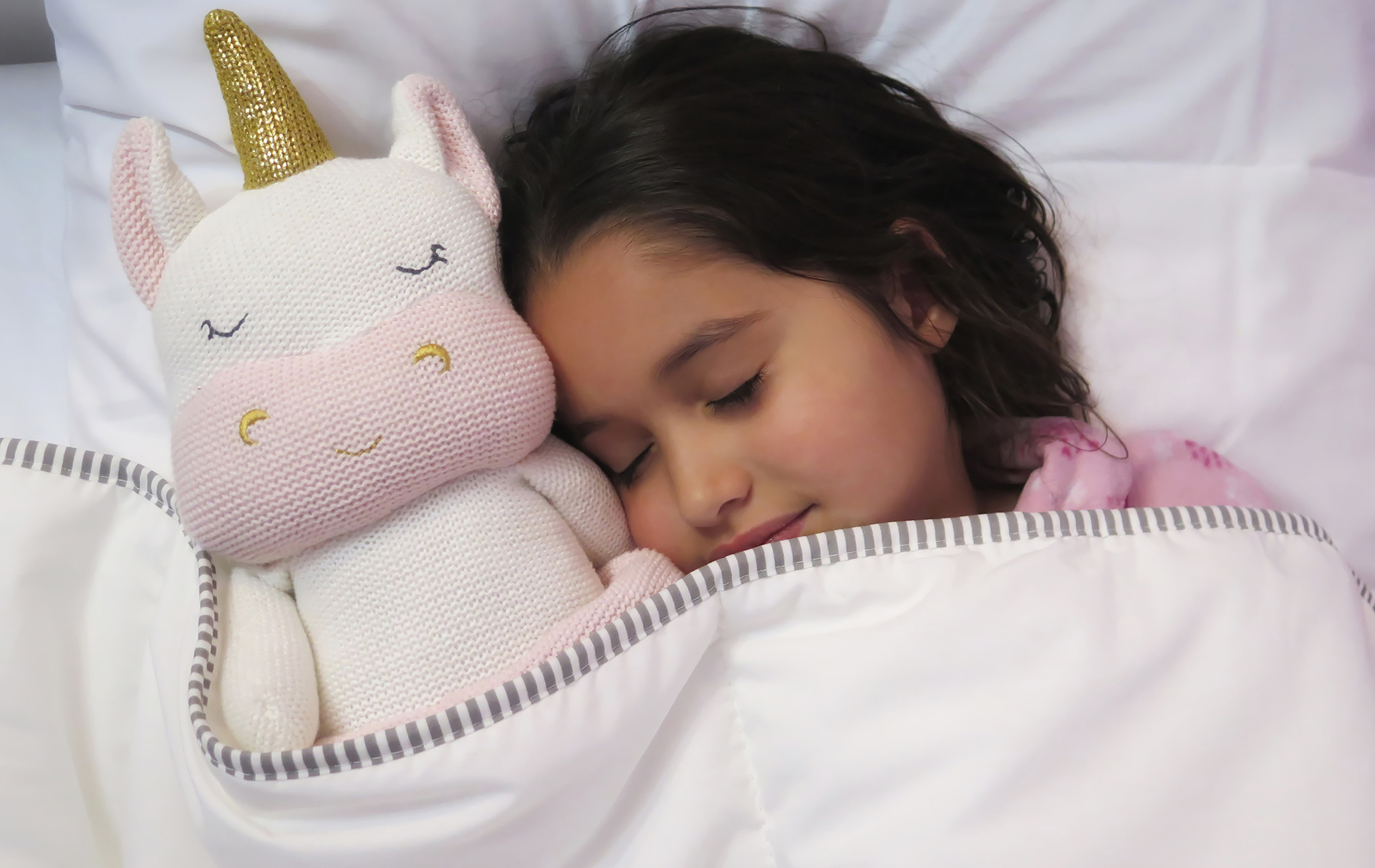 b&m hooded unicorn blanket