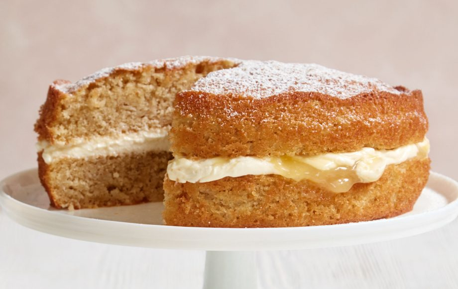 Mary Berrys Apple And Lemon Sandwich Cake