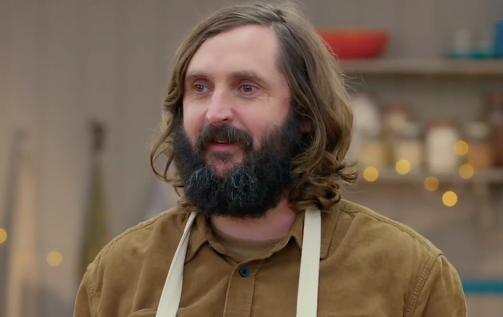 celebrity bake off joe wilkinson star baker bottom cake