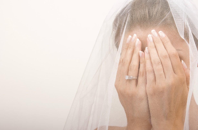Bride furious bridesmaid 'trashy' dress