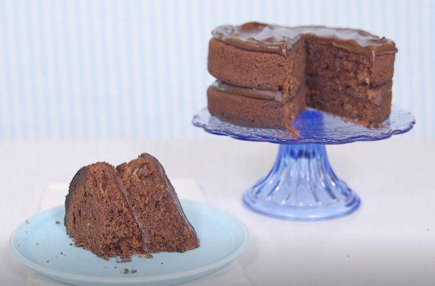 810 Incredible Cake Recipes