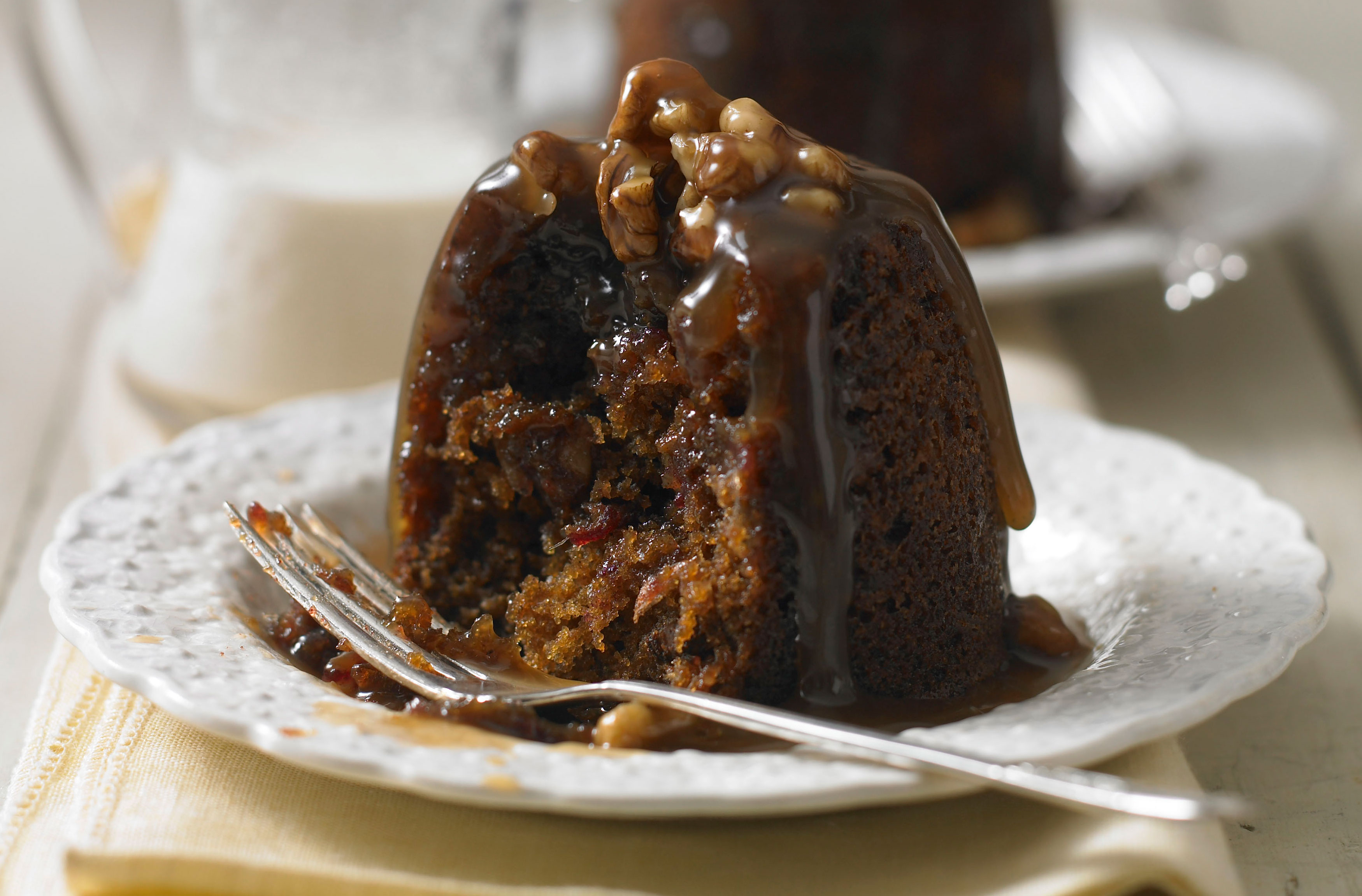 Phil Vickery S Sticky Toffee Pudding Dessert Recipes Goodtoknow