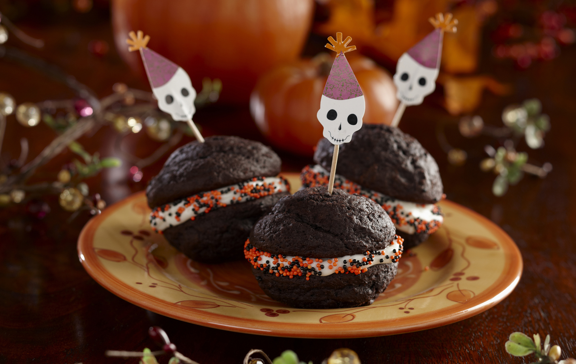 These delicious chocolate whoopie pies have been given a spooky twist for Halloween