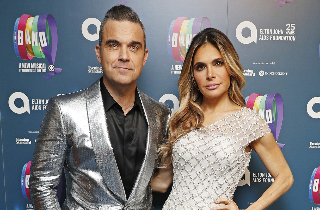 Robbie Williams and Ayda Field share sad family news: 'Crying our eyes out'