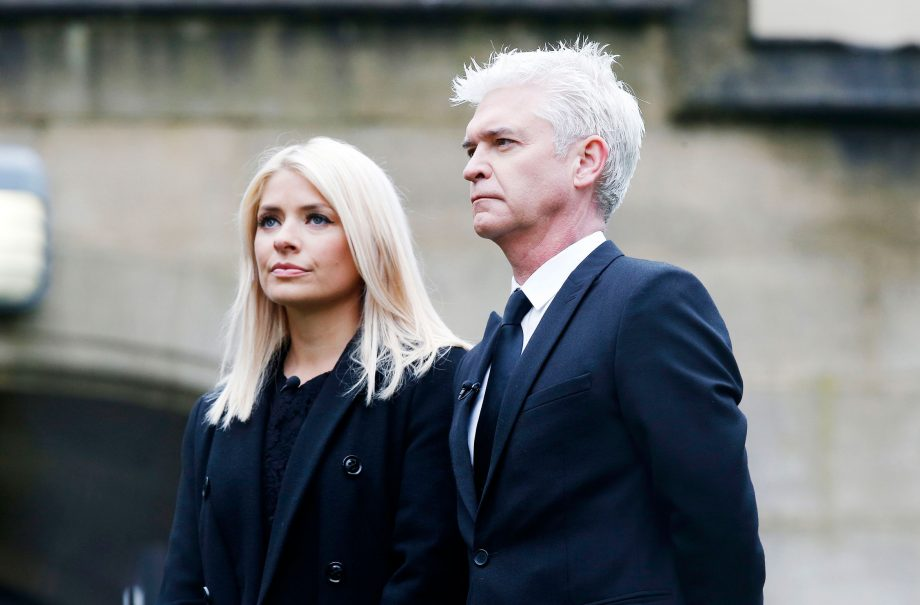 Holly Willoughby and Phil Schofield reveal heartbreaking family loss live on This Morning