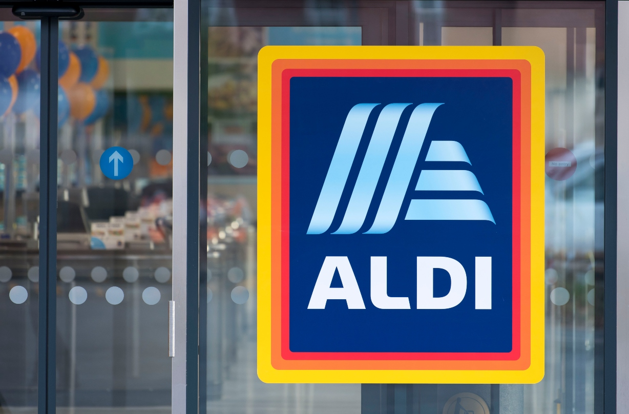 Aldi brings back their incredibly popular (and affordable!) Wagyu beef rump steaks