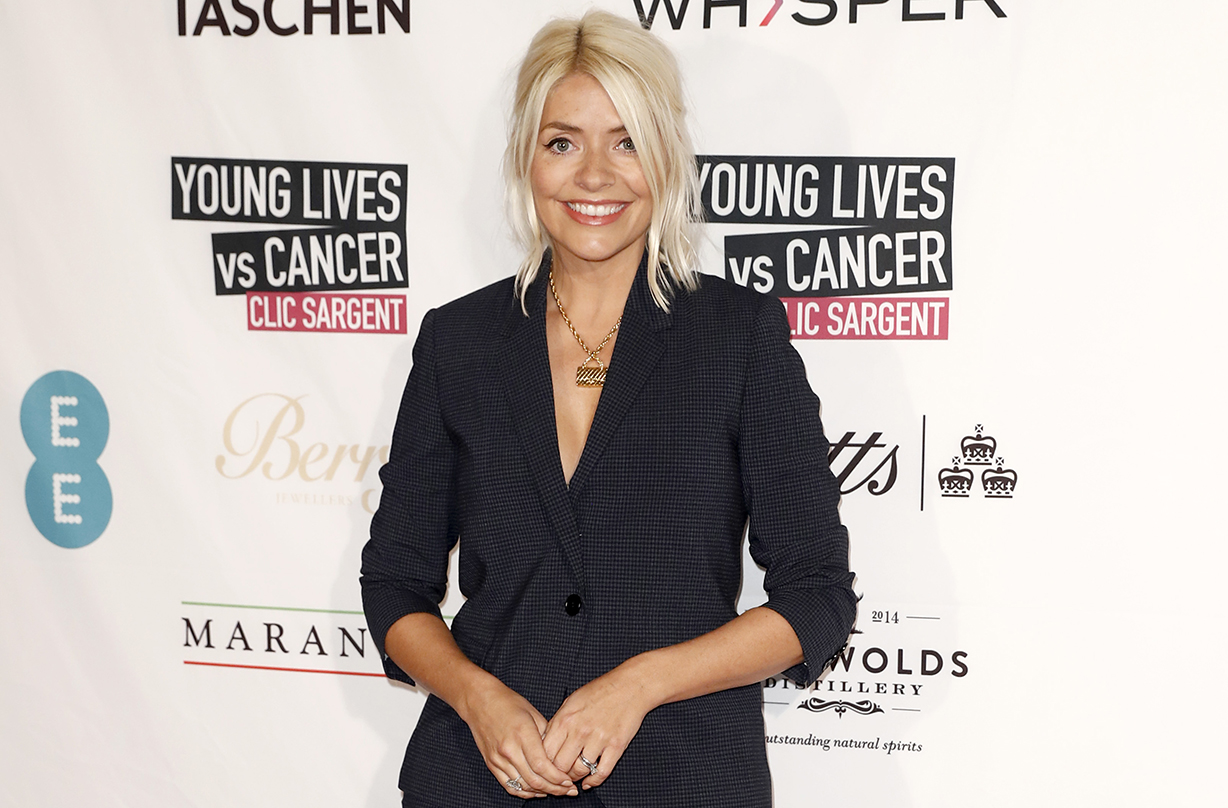 holly willoughby shares sweet family holiday photo