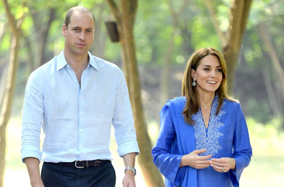 Royal fans in tears with Prince William's heartbreaking reply to school children who say they're 'big fans' of Princess Diana