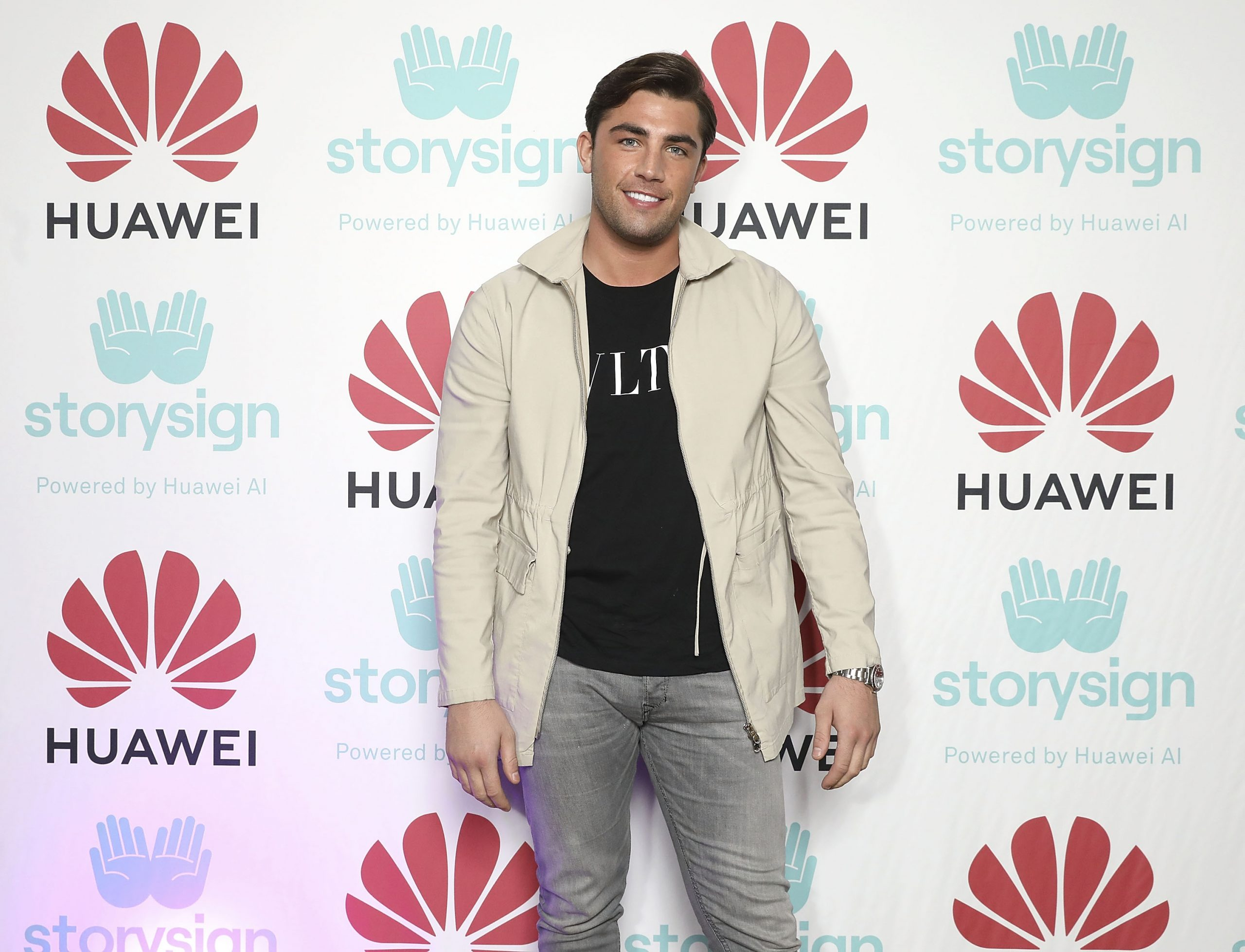 Love Island's Jack Fincham confirms birth of baby girl with adorable photograph
