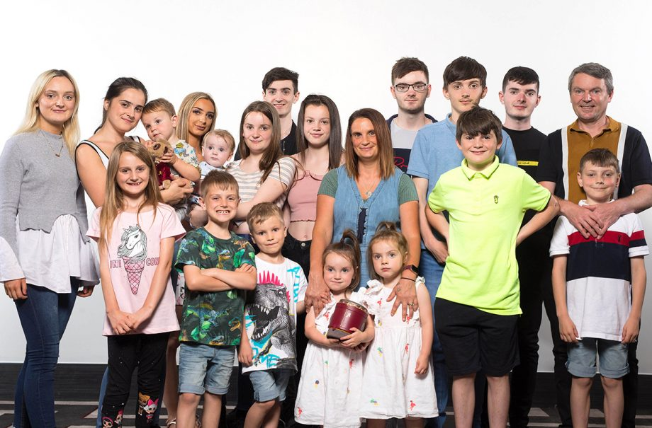 britains biggest family sue radford become grandma announces daughter expecting child