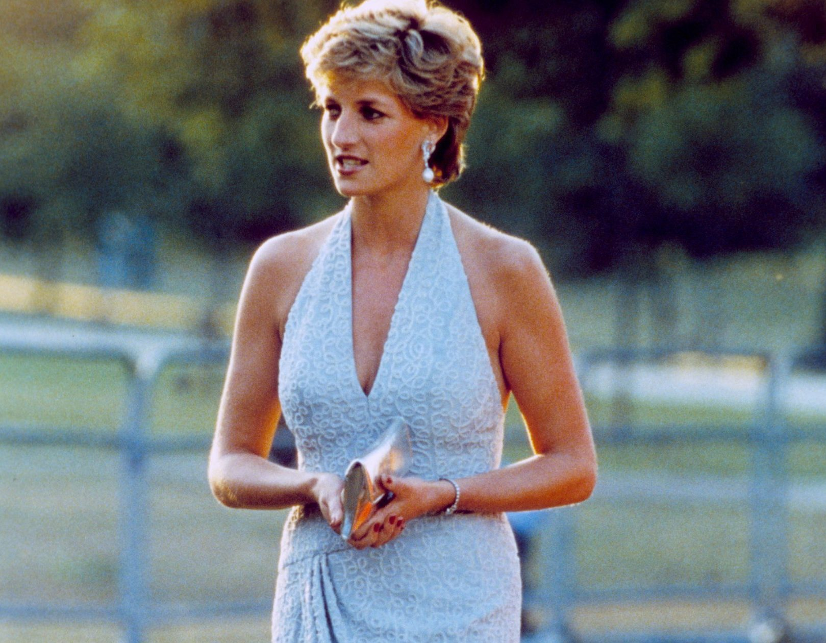The story behind the picture: Why Diana always wore a clutch bag