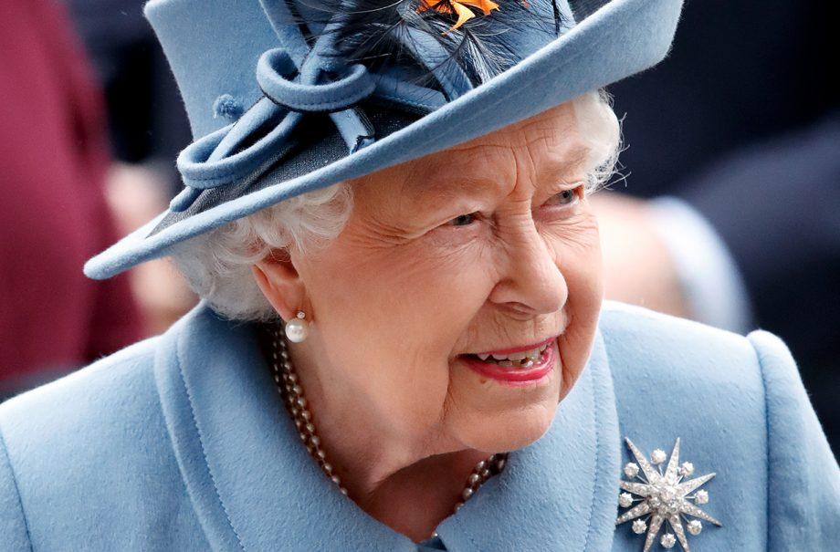 queen photo weekly audience boris johnson self isolation windsor castle