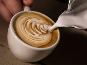 Café expresso coupable de coloration des dents