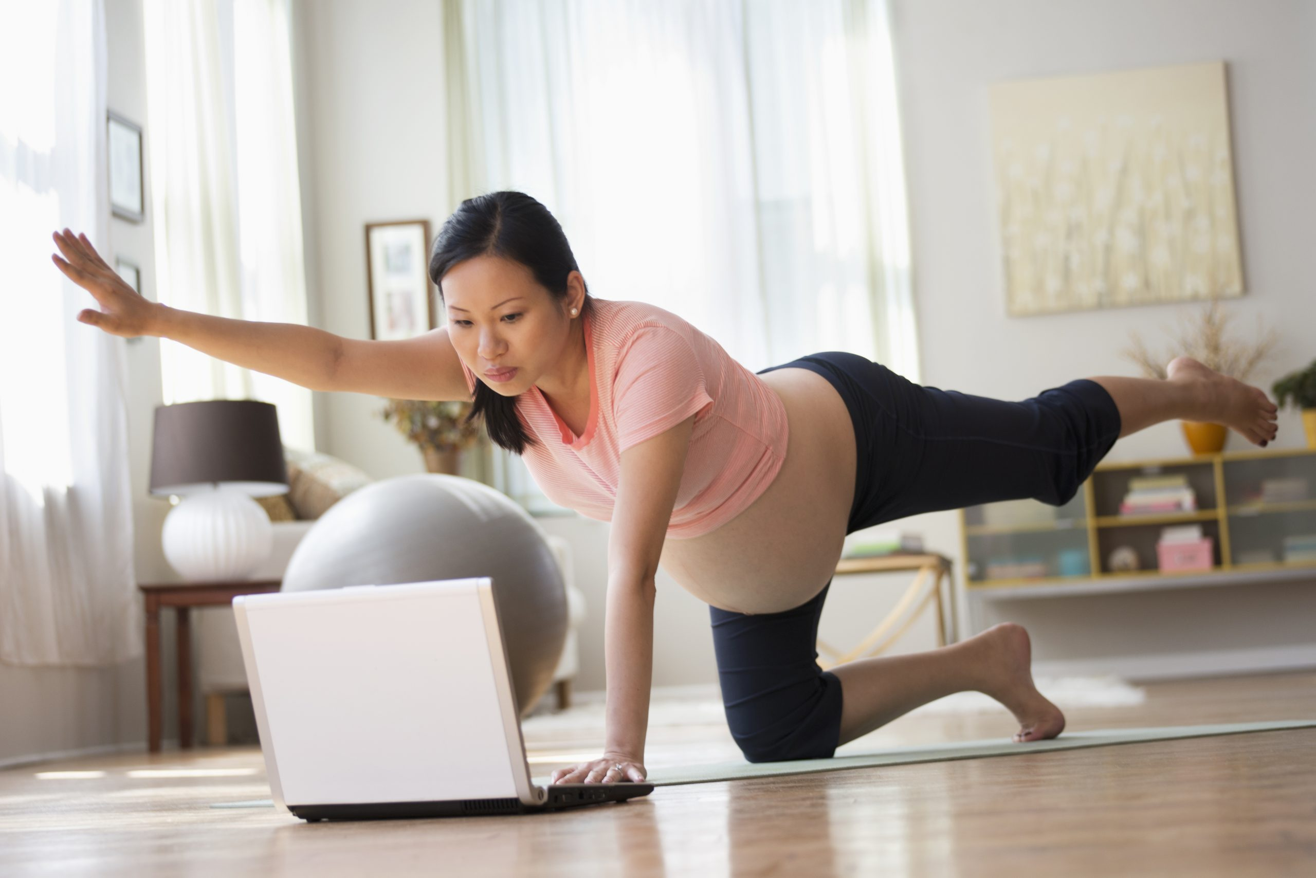 Pregnancy yoga online: the best pre-natal classes to try ...