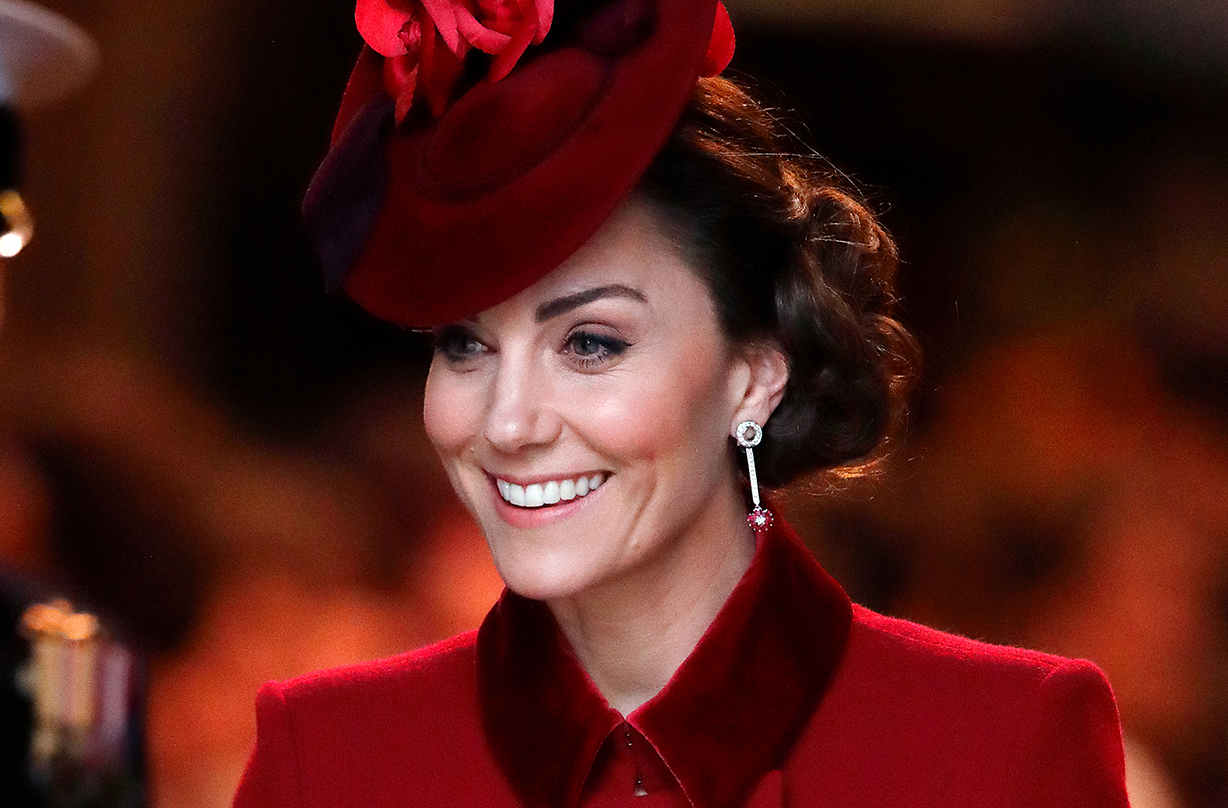 kate middleton supports midwives expectant mothers surprise video