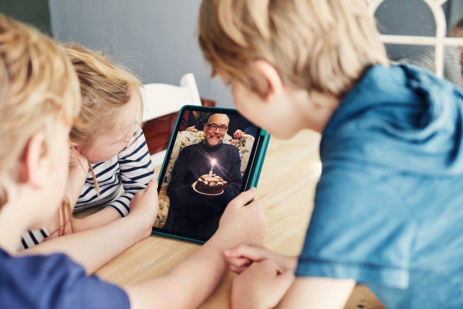 Can grandparents see grandchildren now?