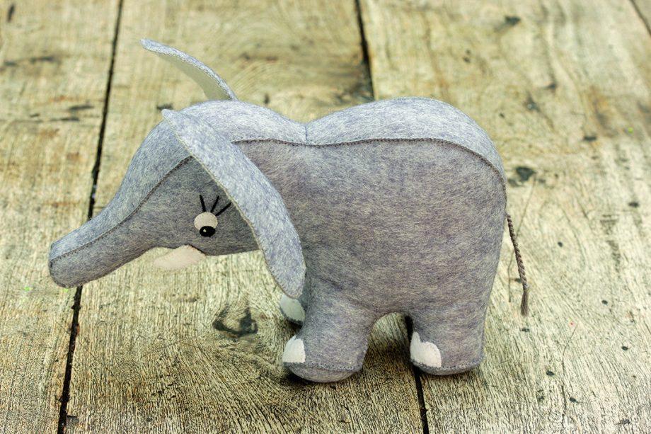 How to make a toy elephant