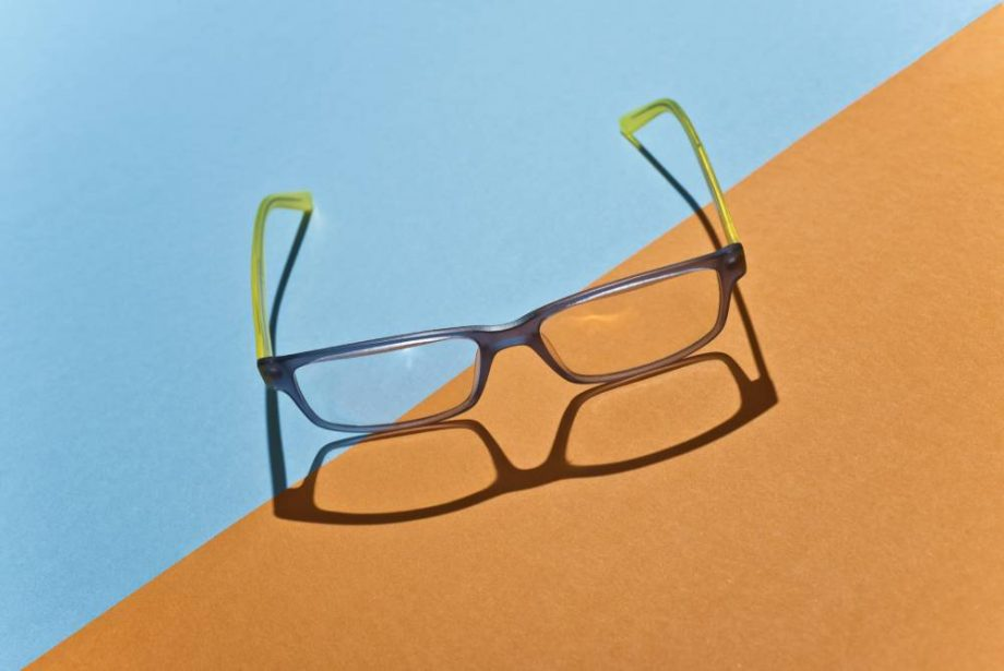 How to stop glasses from fogging up when wearing a face mask