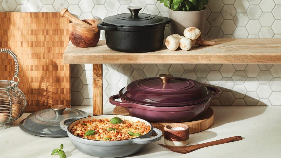 aldi cast iron cookware lifestyle image