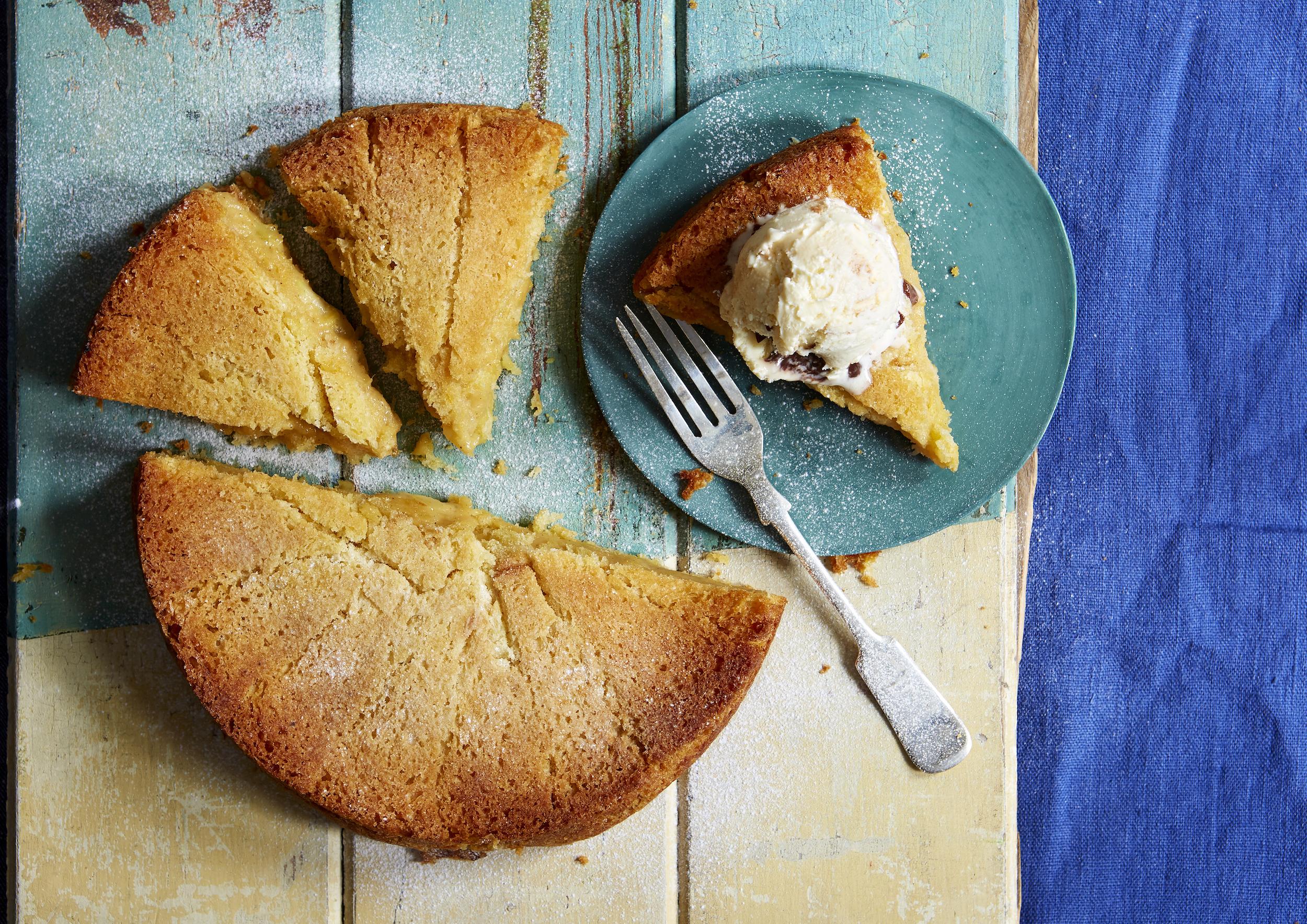 Apple Charlotte Cake | Baking Recipes | GoodtoKnow