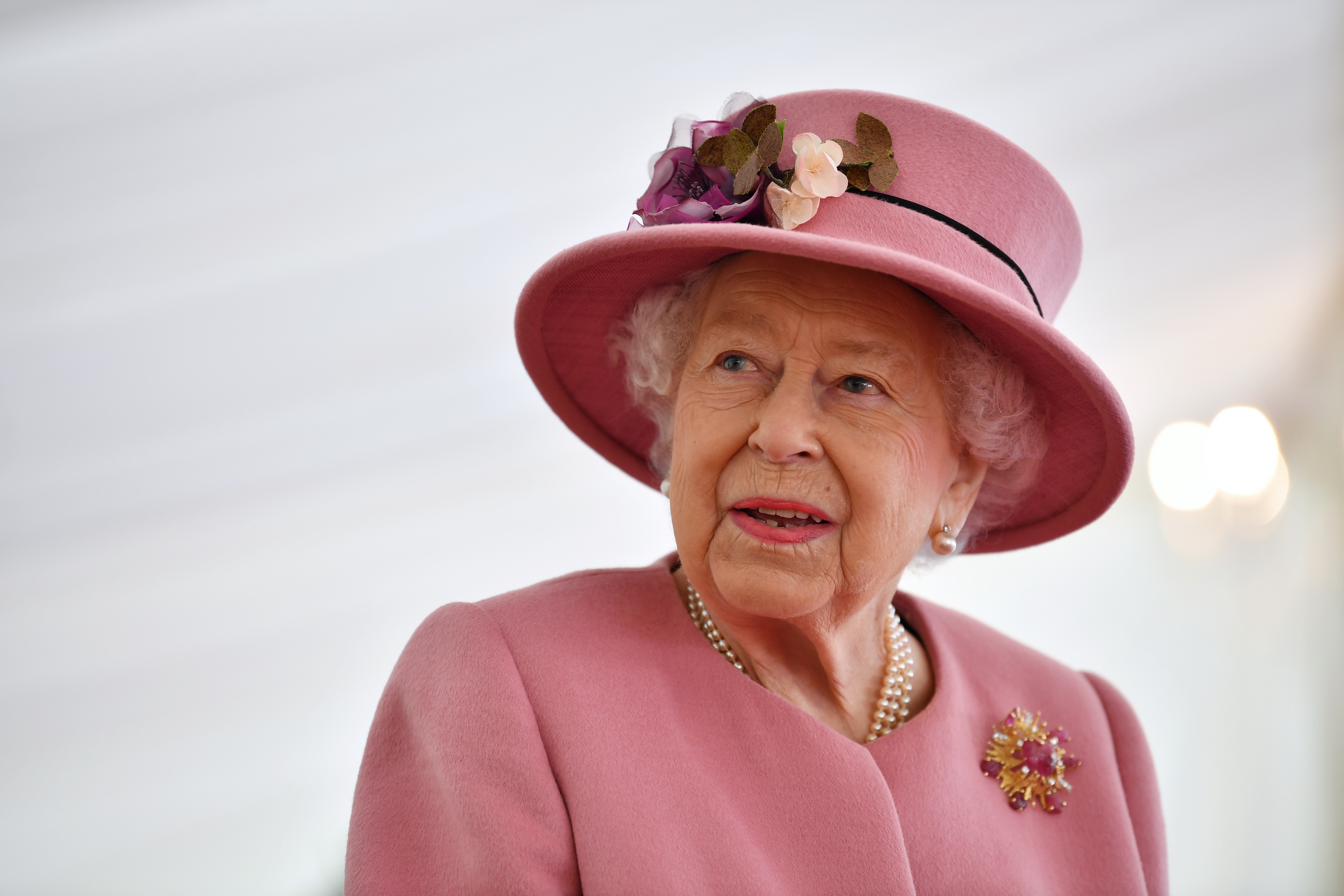 The Queen comments on 'horrible' coronavirus as she makes first public outing in months